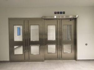 18 York - PATH doors