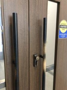 worn C10B door pull