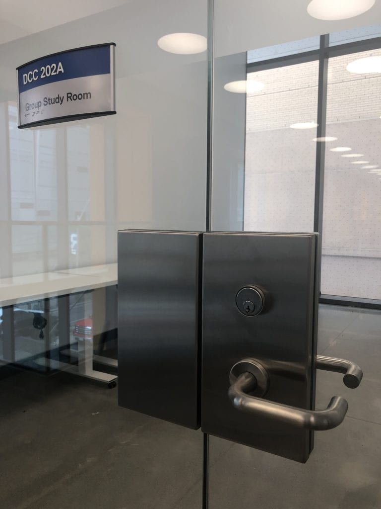 GBI patch lock and strike on glass door